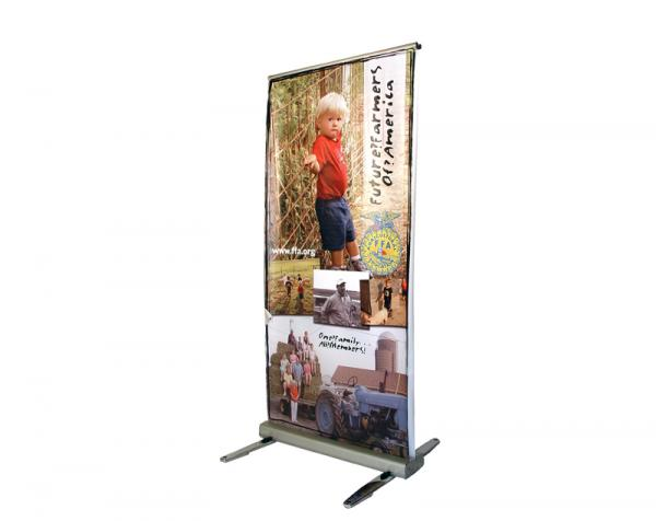 MediaScreen AWD retractable outdoor banner stand