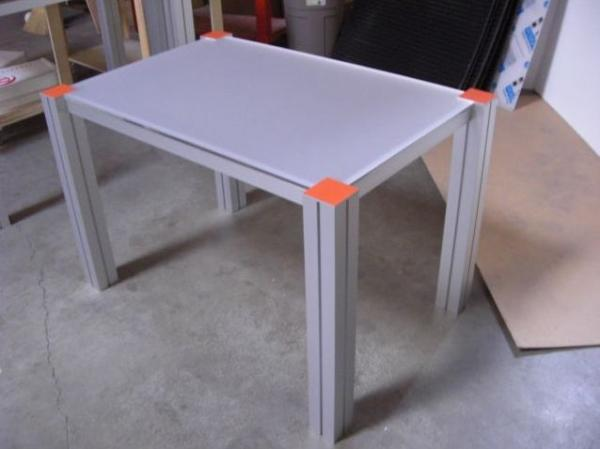 RE-1203 Rental Display / Conference Table -- Image 2